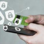 Проверки платежей: может ли банк заблокировать карту?